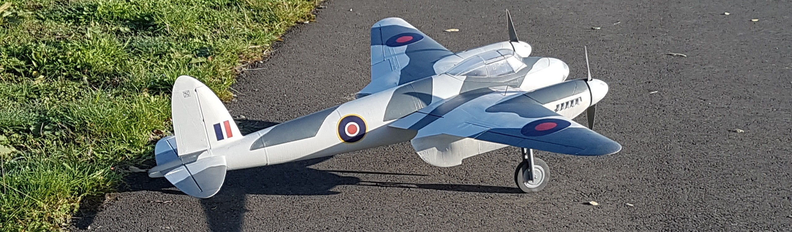 DH-98 Mosquito at 1/12 scale